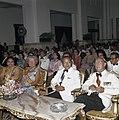 Het koninklijk paar met president en mevrouw Soeharto in het Merdekapaleis in Ja, Bestanddeelnr 254-9026.jpg