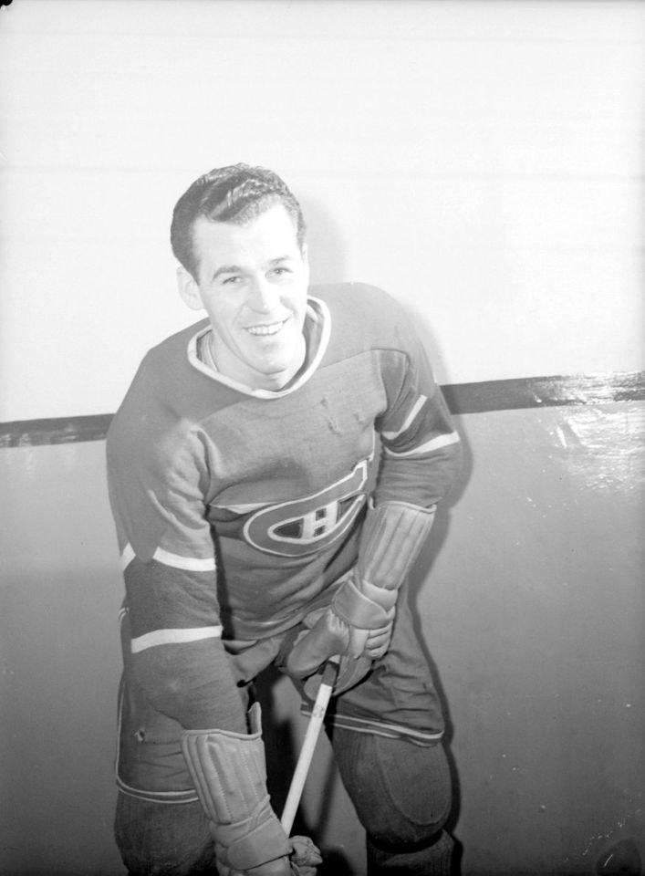 Hockey. Butch Bouchard BAnQ P48S1P12159