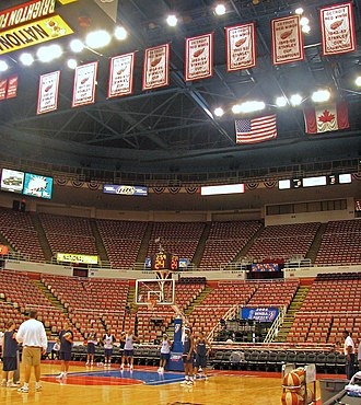 Joe Louis Arena - The Detroit Shock practice at Joe Louis Arena before Game 5 of the 2006 WNBA Finals.