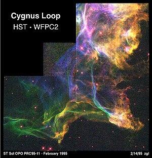 Cygnus Loop - Image: Hubble Nebula Cygnus Loop