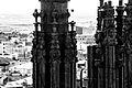 Huesca tras las agujas de la catedral.jpg
