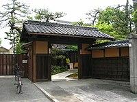 Hyakka-Hyakuso01.jpg