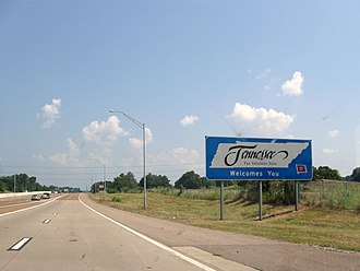 Interstate 55 in Tennessee - I-55 northbound as it enters Tennessee in Memphis.