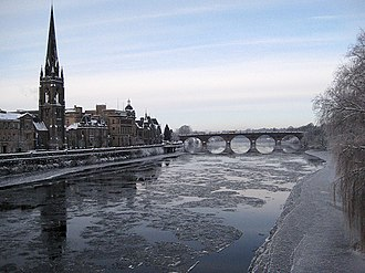 Perth, Scotland - Image: Ice forming on the Tay geograph.org.uk 1638366