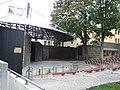 Jablonec nad Nisou, U muzea, divadlo.jpg