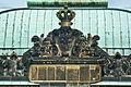 JapanischesPalais-Krone-Wappen.jpg