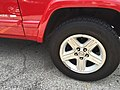 Jeep Cherokee (XJ) Limited red Gateway Arch 6.jpg