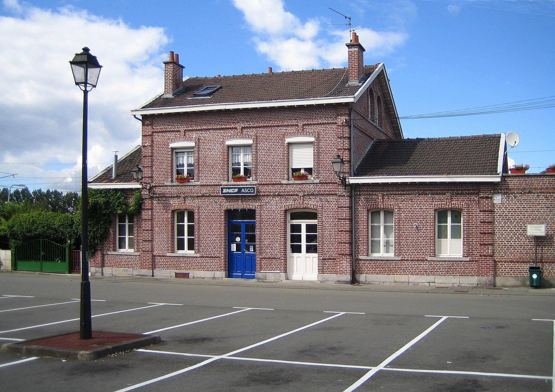 Gare d 39 ascq wikipedia for Garage sian villeneuve d ascq