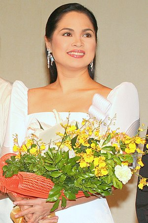Judy Ann Santos - Santos at the Meralco Theater for the Philippine premiere of Ploning in 2008