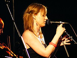Fowlis on stage at Analog, Ringsend Dublin, July 2008