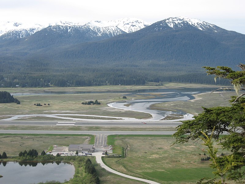 File:Juneau Airport - panoramio.jpg