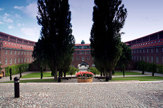 "KTH Royal Institute of Technology - KTH ""Courtyard"" (""borggården"") 2005"