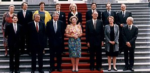 Margreeth de Boer - Margreeth de Boer (back row, center) with the First Kok cabinet in 1994