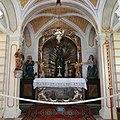 Kalvarienberg Lenggries Kreuzkapelle Hochaltar 1.jpg