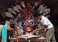 Kathmandu-Indra Chowk-Akash Bhairab-20-Kopf-Opfer-2015-gje.jpg