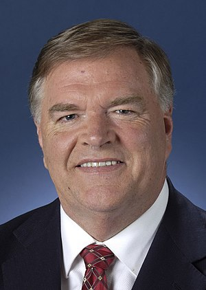 Australian Constitutional Convention 1998 - Opposition Leader Kim Beazley supported the republic. His Australian Labor Party adopted the republic as official party policy.