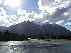 Lago Yelcho.JPG