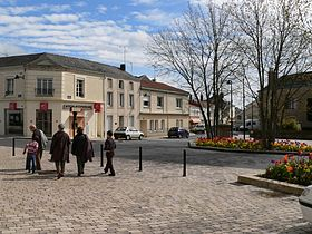 Le-May-Sur-Evre-Bourg.JPG