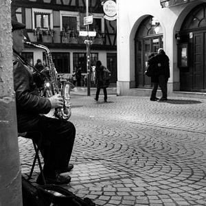 Le joueur de saxophone de Strasbourg.jpg