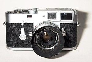 Leica M2 - Image: Leica M2 Summicron 35