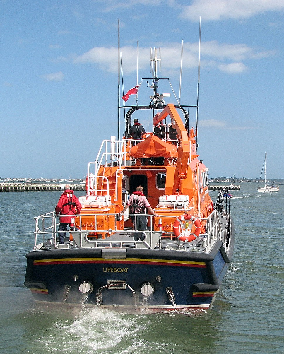 Lifeboat.stern.17-31.arp