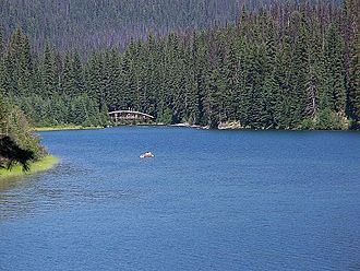 E. C. Manning Provincial Park - Image: Lightning Lake Canoe