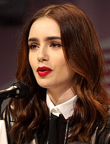 Lily Collins Nude Photos 26