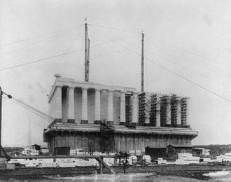 James Baird (civil engineer) - Lincoln Memorial under construction in 1916.