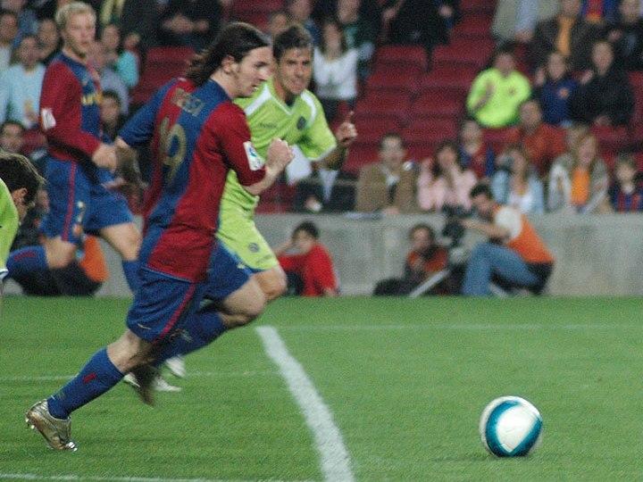 Lionel Messi goal 19abr2007