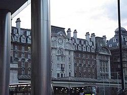 London Victoria Station (8103884565).jpg