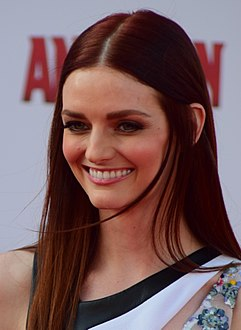 Lydia Hearst (cropped).jpg