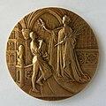 Médaille Royaume de Belgique Exposition Universelle de Bruxelles 1910. Graveur Godefroid Devreese (1).jpg
