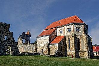 Transylvanian Saxons - Image: Mănăstirea Cârța panoramio (4)