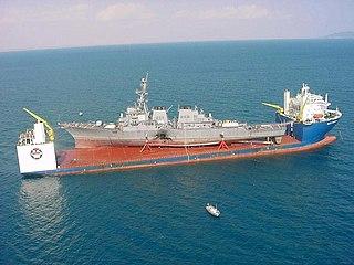 MV <i>Blue Marlin</i> Semisubmersible heavy-lift ship