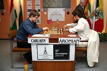 Magnus %C3%98en Carlsen vs. Aronian Linares 2007