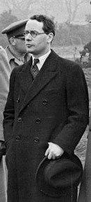 Malcolm MacDonald cropped