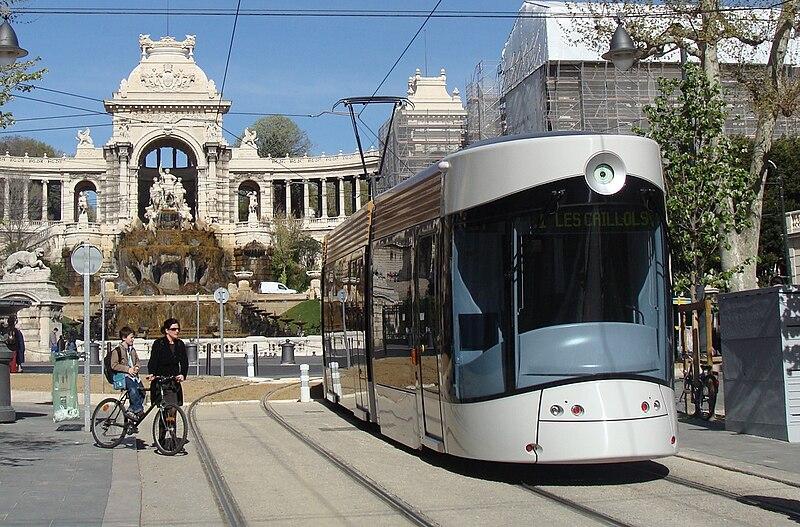 File:Marseille-tram-Longchamp09.jpg