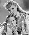 Meet Me In St Louis Judy Garland Margaret O'Brien 1944.jpg