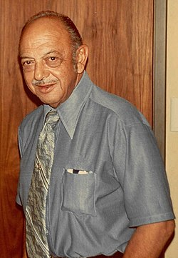 Mel Blanc The Man of 1000 Voices 1981  AMAZING TALENT !!