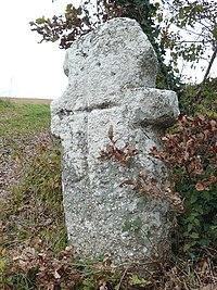 Menhir de la Croix Grosse.JPG