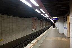 Metro L1 Grande-Arche IMG 5562