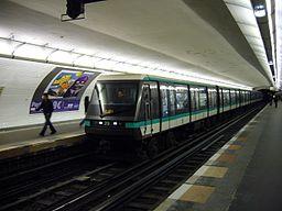 Metro Paris - Ligne 1 - Les Sablons (3)