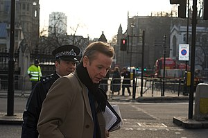English: Michael Gove outside the Palace of We...