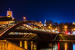 Mindaugas Bridge at Vilnius in night.jpg