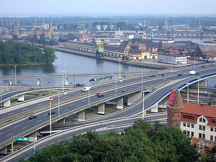 "Szczecin: Port of Szczecin, motorway, expressway and railway connections, an inter-city public transport, a city bus and electric trams network and ""Solidarity"" Szczecin-Goleniow Airport, Poland Mk Stettin Hafen2.jpg"