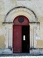 Montagrier église portail.JPG