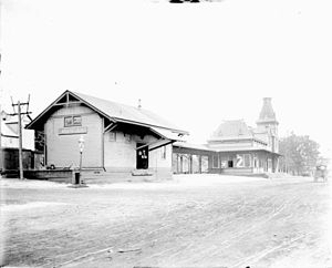 Walnut Street station (NJ Transit) - The former Erie Plaza station in Montclair as viewed in 1909. This station was demolished in 1953