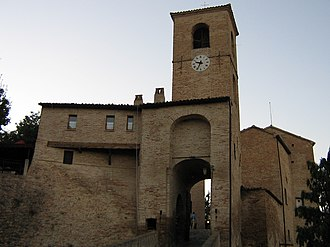 """Montegridolfo - Porta del Cassero (""""Castle's Gate"""")."""