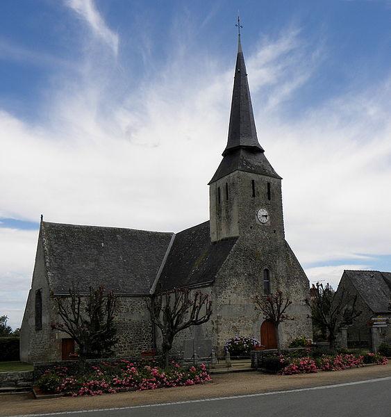 Église Saint-Pierre de Montourtier (53).