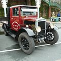 Morris Commercial 30cwt R Type Lorry RX 8197 1931 (7197145348).jpg